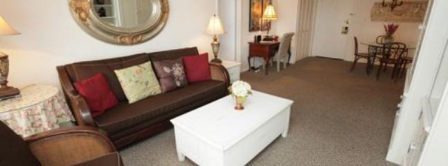 Premium Two Bedroom Suite on Millionaire's Row 1AX2IZE - Image 1 - Miami Beach - rentals