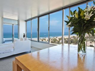 The Santa Monica Beach Front Condo - Santa Monica vacation rentals