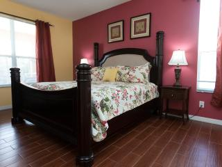 Beautiful 7 Bedroom 5.5 Bath Private Heated Pool/Spa Villa Near Disney - Four Corners vacation rentals