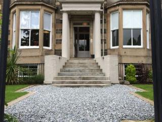 Luxury Apartment, Bridge of Allan, Stirling - Bridge of Allan vacation rentals