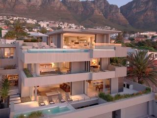 Nice Penthouse with Internet Access and Dishwasher - Camps Bay vacation rentals