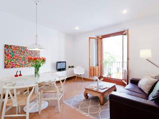 San Miguel Market Apartment - Madrid vacation rentals
