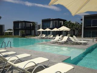 denize sıfır daire - Ortakent vacation rentals