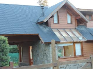 3 bedroom Chalet with Central Heating in Villa La Angostura - Villa La Angostura vacation rentals