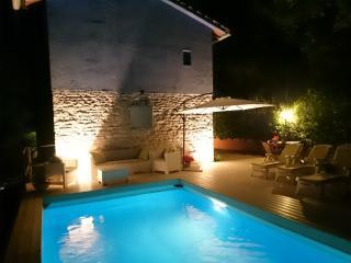 """Villa """"La Chiesetta"""" near Frasassi Caves - Fabriano vacation rentals"""