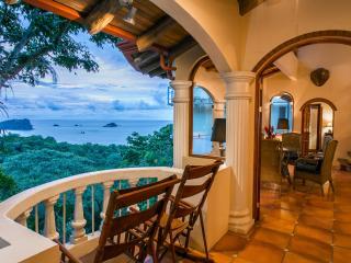 6 Br Villa w/ 4 Indepen Apts, Sea Views & Central - Manuel Antonio vacation rentals