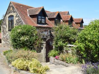 Charming Cottage with Internet Access and Satellite Or Cable TV - Brighstone vacation rentals
