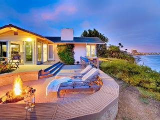 Sweeping whitewater views from this exclusive oceanfront home - La Jolla vacation rentals