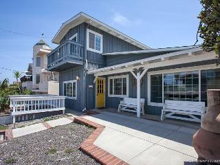 3BR/2BA Neptune Ave House, Ocean Views, Walk to Beach, Sleeps 10 - Encinitas vacation rentals