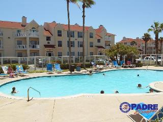 1st floor property that's close to the beach and comes with lots of amenities - Corpus Christi vacation rentals