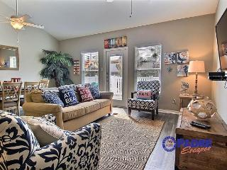 Poolside 3/2 Townhouse for just $275/Night Monday-Thursday! - Corpus Christi vacation rentals