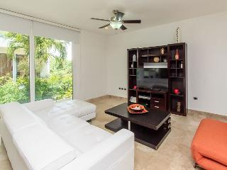 Mamitas Village at Mamitas Beach. Location, Luxury & Service - Playa del Carmen vacation rentals