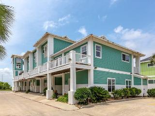 NEWLY LISTED: Meridian 3bed/3.5bath, Sleeps 10 - Port Aransas vacation rentals