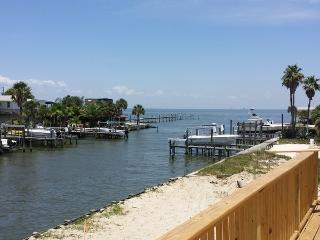 Junaluska's Landing - Fort Morgan vacation rentals