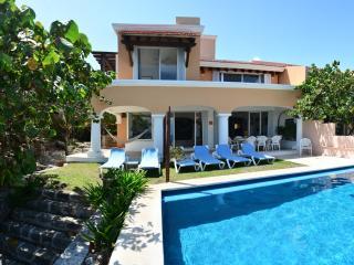 Villa Casablanca 3 or 4 bedroom oceanfront - Puerto Aventuras vacation rentals