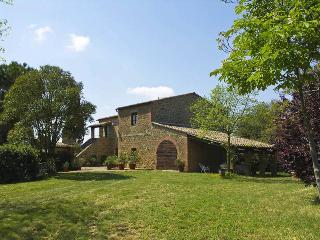 Beautiful House with Internet Access and Television - Pienza vacation rentals