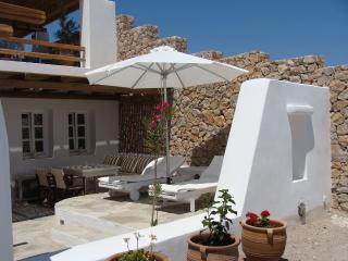 Sorokos Guesthouse, with free car rental - Vourvoulos vacation rentals