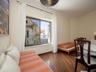 1 bedroom Apartment with Internet Access in Cascais - Cascais vacation rentals