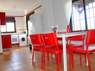 [74] Lovely apartment only 250m to the beach - Bolonia vacation rentals