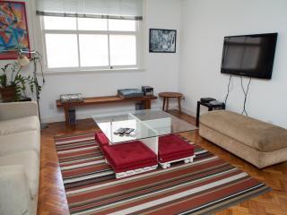 Great apartment in Copacabana - Rio de Janeiro vacation rentals