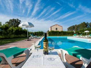 Villa Il Baglio fino a 21 pax con piscina - Fulgatore vacation rentals
