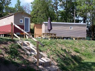 Nice Caravan/mobile home with Internet Access and Washing Machine - Rochefort-Montagne vacation rentals
