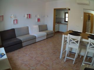 Bright Palma de Mallorca vacation Apartment with Shampoo Provided - Palma de Mallorca vacation rentals