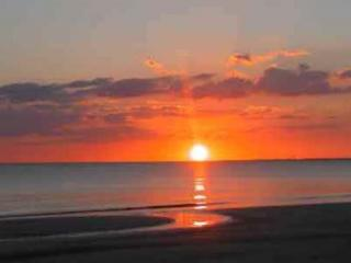 """Casa Bella """"A-2""""- 2 Bed / 3 Bath Condo - Sleeps 6 - Just Steps to the Beach - Fort Myers Beach vacation rentals"""