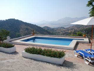 """Casa Pinar """"La Casita"""" - Colmenar - Colmenar vacation rentals"""