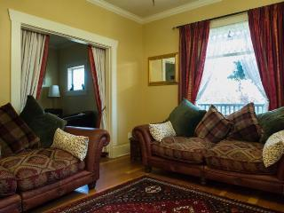 Lovely 1 bedroom Vacation Rental in New Westminster - New Westminster vacation rentals