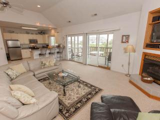 Gorgeous House with Internet Access and Hot Tub - Virginia Beach vacation rentals