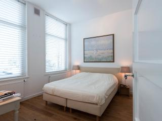 Luxurious guestroom with private entrance - Amsterdam vacation rentals
