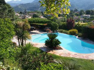 2 bedroom Condo with Internet Access in Carros - Carros vacation rentals