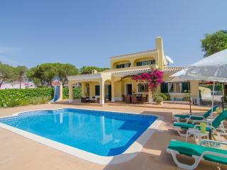 3 bedroom villa in quiet location - Villa Bonita - Vilamoura vacation rentals