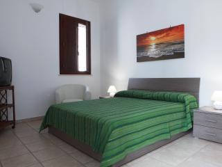 Casa D'Ambrosio, quattro posti nel Centro Storico - Gallipoli a pochi chilometri - Taviano vacation rentals