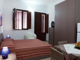 Casa D'Ambrosio, nel cuore del Salento - Taviano vacation rentals