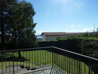 Romantic 1 bedroom Villa in Barasso - Barasso vacation rentals