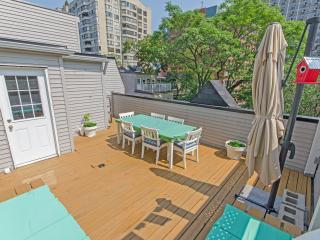 Family Friendly - Downtown 4BR Deluxe House - Toronto vacation rentals