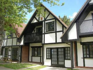 34 Tudor Court, Tolroy Manor - Hayle vacation rentals