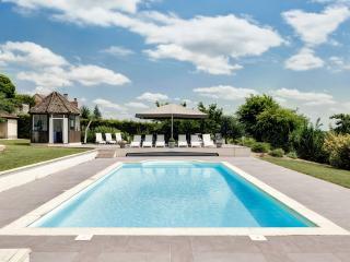 CHATEAU DE MERCUREY (official) - Mercurey vacation rentals