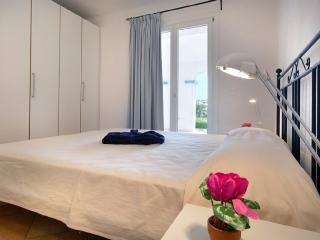 MURENA B 2BR-Garden&Pool by KlabHouse - Santa Teresa di Gallura vacation rentals