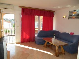 Tisno Apartment with Pool Near the Festival TP1A1 - Tisno vacation rentals
