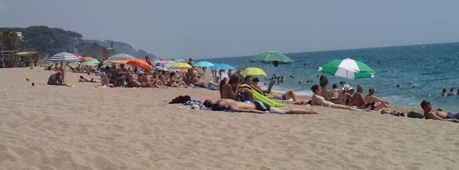 VISTA barcelona, beach, village, mountain - Canet de Mar vacation rentals