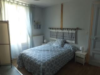 Nice Condo with Internet Access and Balcony - Buxeuil vacation rentals