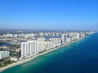 High Quality Apt - Beach Front - All near on foot - Sunny Isles Beach vacation rentals