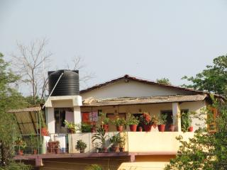 15 bedroom Guest house with A/C in Vajreshwari - Vajreshwari vacation rentals