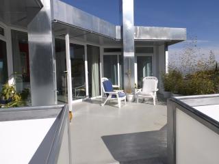 Chic Mini-Penthouse, near Malaga Airport - Alhaurin de la Torre vacation rentals