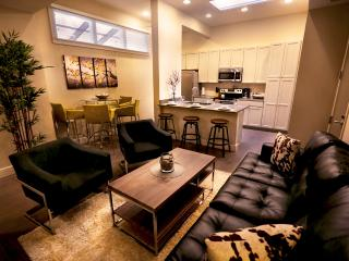 Stay Alfred French Qtr, Canal Pl, Riverwalk GC1 - New Orleans vacation rentals