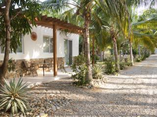 2BD bungalow w/ ocean&lagoon access - Colonia Luces en el Mar vacation rentals