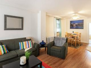 3 BED RM in Anacostia - US Capitol 5min, PARKING - Washington DC vacation rentals